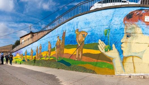 Diumenge 17 d'octubre es va inaugurar el mural del Dia de la Dona Rural a les Oluges