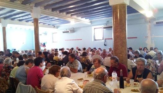 Les Oluges organitza la 11a edició del dinar del Jovent